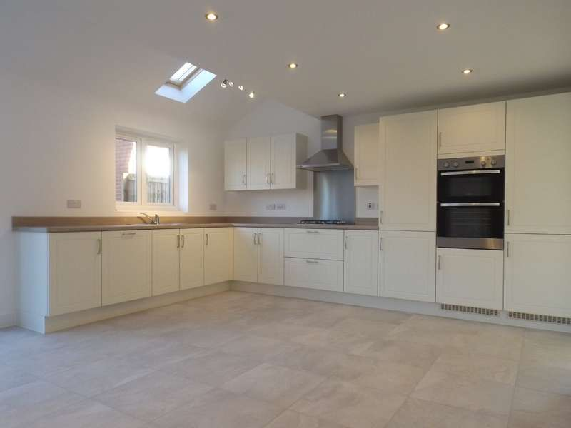 4 Bedrooms Detached House for sale in Pasture Lane, Ruddington