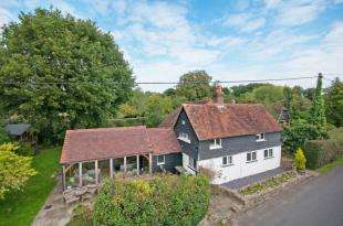 4 Bedrooms Detached House for sale in Hayes Lane, Slinfold, Horsham, West Sussex