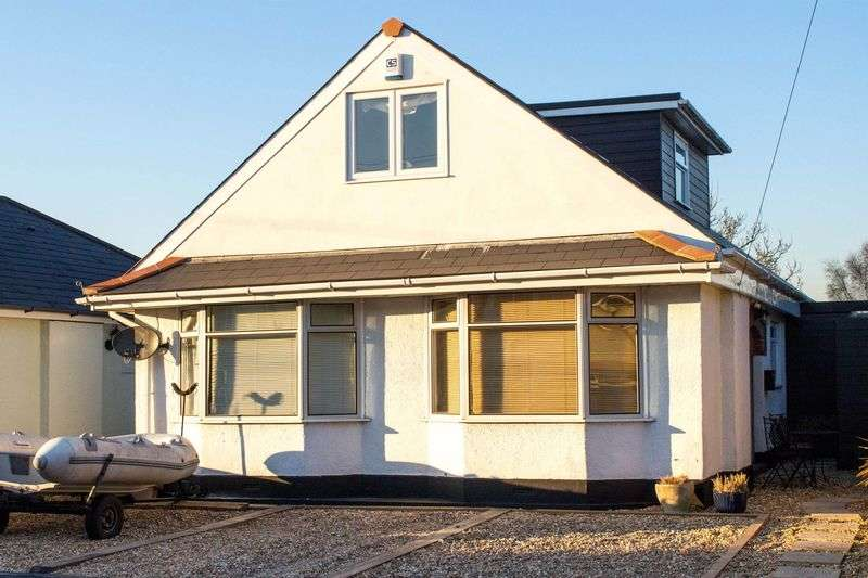 4 Bedrooms Detached Bungalow for sale in Eling
