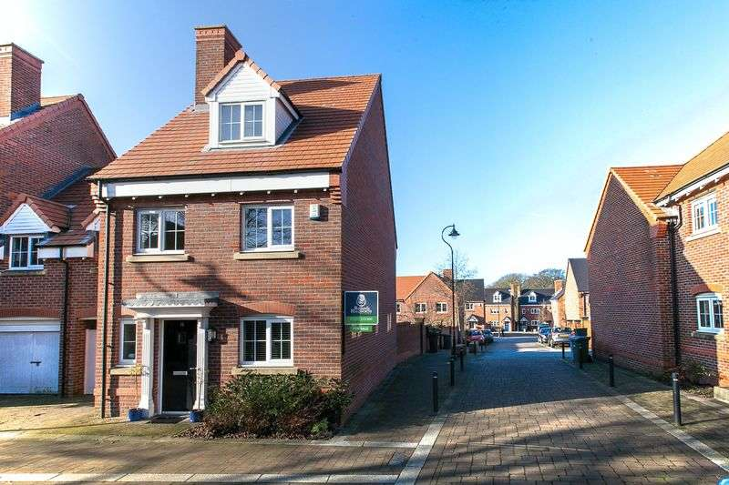 5 Bedrooms Detached House for sale in Chiltern Mews, Chorley, PR7 3TN