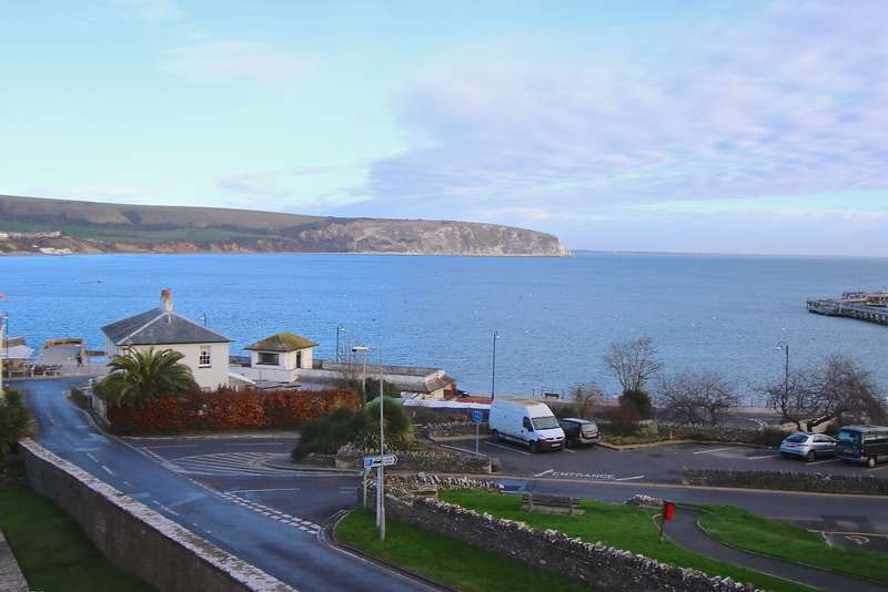 2 Bedrooms Flat for sale in Off Sentry Road, Swanage