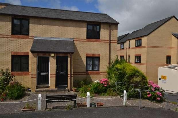 2 Bedrooms Flat for sale in BARNSTAPLE, Devon