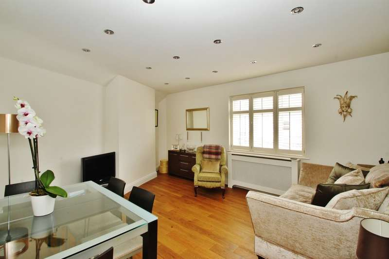 1 Bedroom Maisonette Flat for sale in The Broadway, Woodford Green