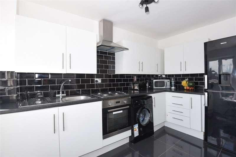 1 Bedroom Maisonette Flat for sale in Lakeside Close, Ruislip, Middlesex, HA4