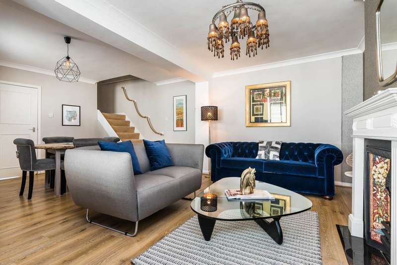 2 Bedrooms Mews House for sale in Lexham Mews, High Street Kensington, W8