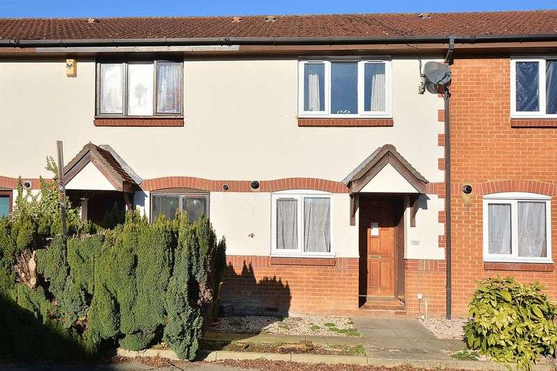 2 Bedrooms Terraced House for sale in Wordsworth Mead, REDHILL, Surrey