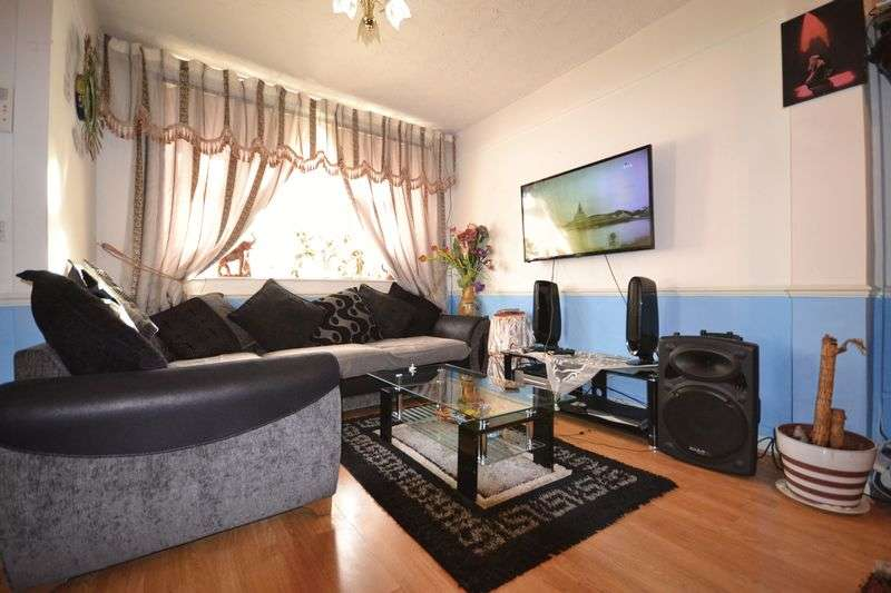 3 Bedrooms Terraced House for sale in Hartington Road, London