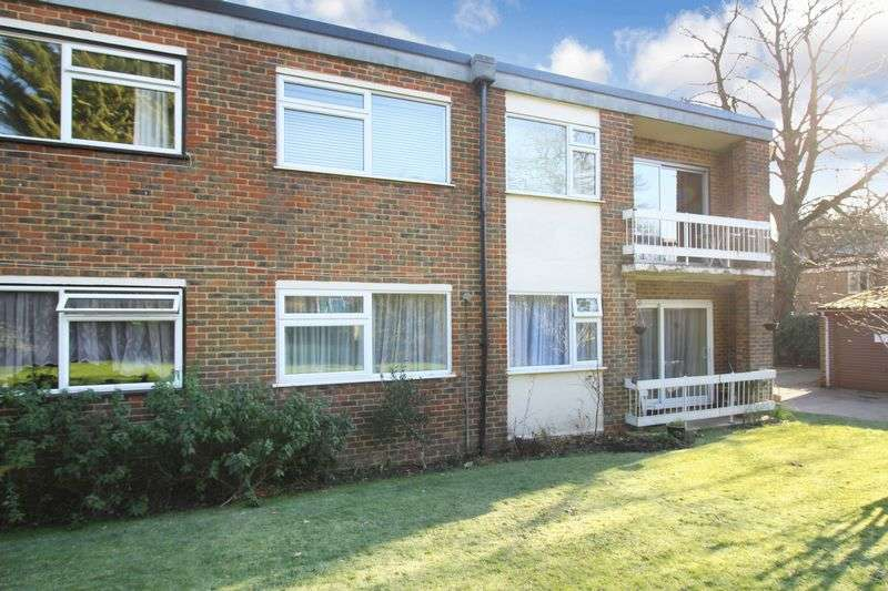 2 Bedrooms Flat for sale in Brighton Road, Southgate