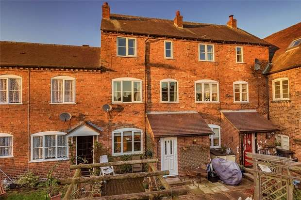 2 Bedrooms Town House for sale in Northgate Mews, BRIDGNORTH, Shropshire