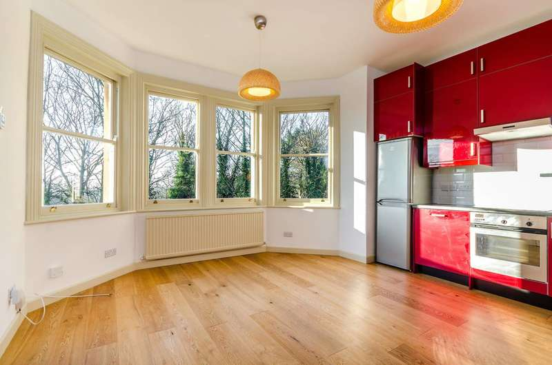 1 Bedroom Flat for sale in Crystal Palace Park Road, Crystal Palace, SE26