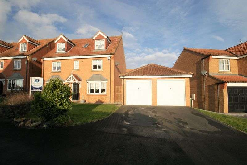 6 Bedrooms Detached House for sale in Foxglove Close, TS26 OWB