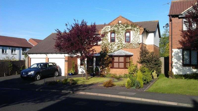 5 Bedrooms Detached House for sale in West Mount, Killingworth