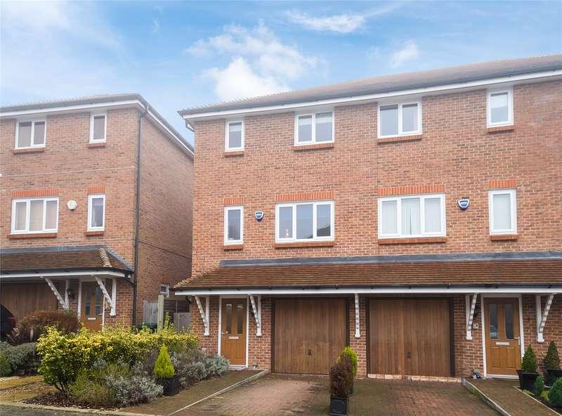 3 Bedrooms Terraced House for sale in Earlsbury Gardens, Edgware, HA8