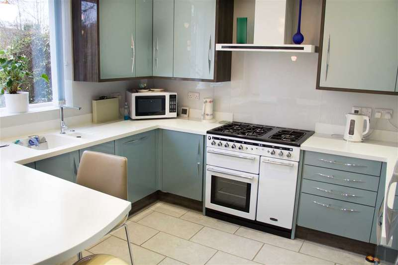 3 Bedrooms Apartment Flat for sale in Vesta Avenue, St Albans