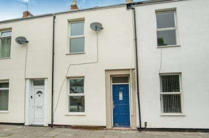 2 Bedrooms Terraced House for sale in Gladstone Street, Blyth, Northumberland, NE24