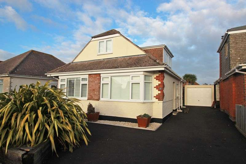 4 Bedrooms Bungalow for sale in Foxwood Avenue, Mudeford, Christchurch