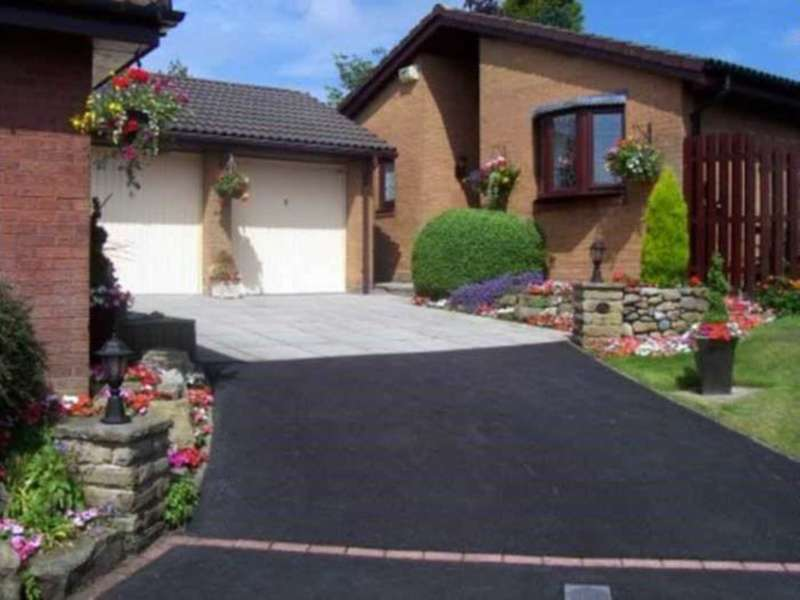 3 Bedrooms Detached Bungalow for sale in Grizedale Close, Smithills