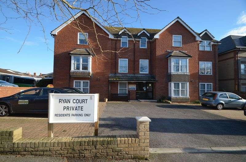 1 Bedroom Retirement Property for sale in Grosvenor Road, Weymouth