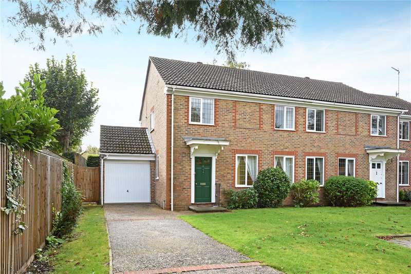 4 Bedrooms Semi Detached House for sale in Pine Court Lodge, High Pine Close, Weybridge, Surrey, KT13