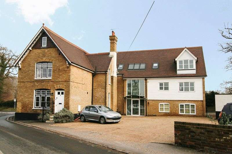 1 Bedroom Flat for sale in Withyham Road, Groombridge, Tunbridge Wells