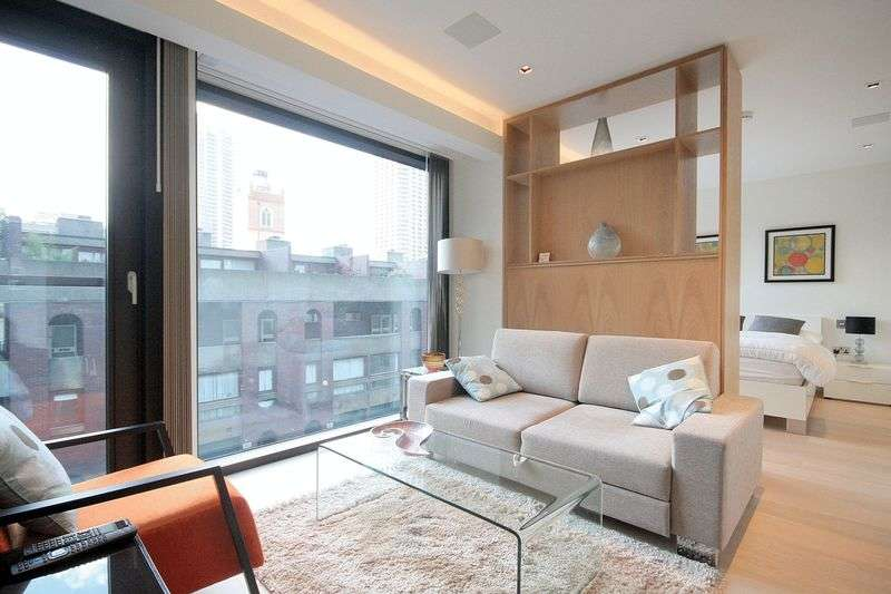 Flat for sale in Stunning studio flat to rent in brand new development, Roman House. 725,000