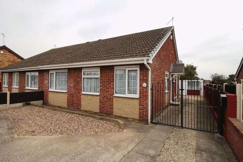 2 Bedrooms Semi Detached Bungalow for sale in Bond Street, New Rossington
