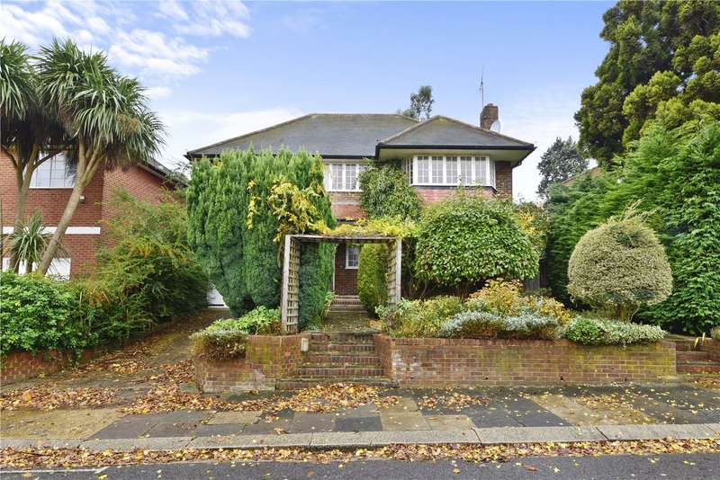 5 Bedrooms Detached House for sale in The Ridings, London, W5