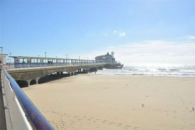 2 Bedrooms Flat for sale in Portchester Road, East Common, Bournemouth