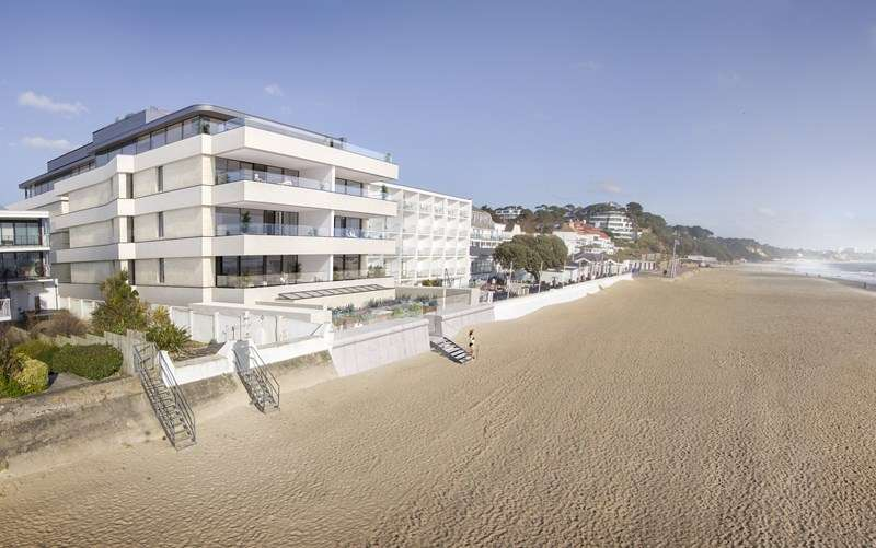4 Bedrooms Apartment Flat for sale in Sandbanks, Poole, BH13