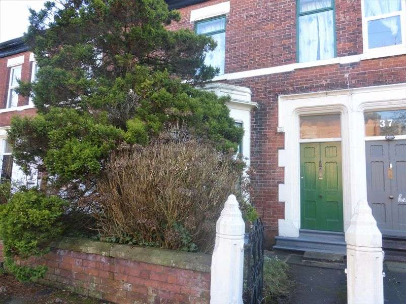 4 Bedrooms Terraced House for sale in Powis Road, Ashton-on-Ribble, Preston