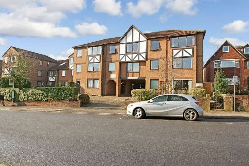 1 Bedroom Retirement Property for sale in Chestnut Court, Southampton, SO17 1SE