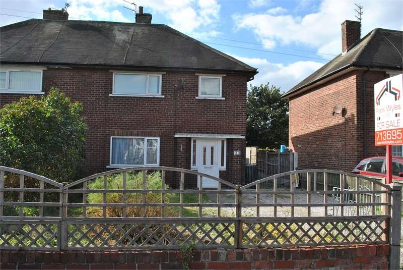 3 Bedrooms Semi Detached House for sale in Walter Avenue, Lytham St Annes, FY8