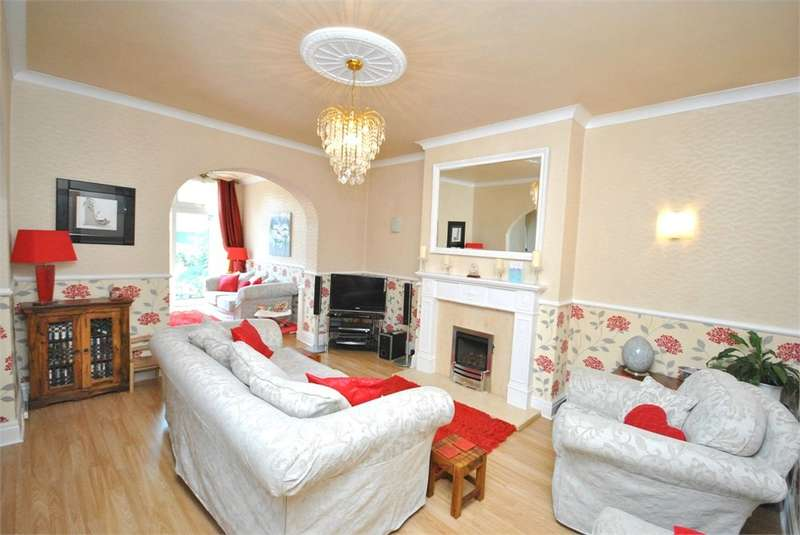 4 Bedrooms Semi Detached House for sale in Church Road, St Annes, Lytham St Annes, FY8