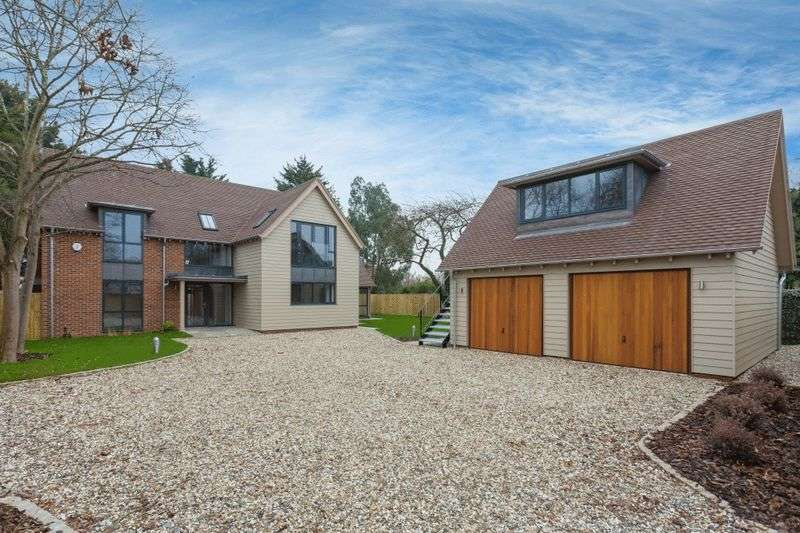 4 Bedrooms Detached House for sale in Norman Avenue, Abingdon
