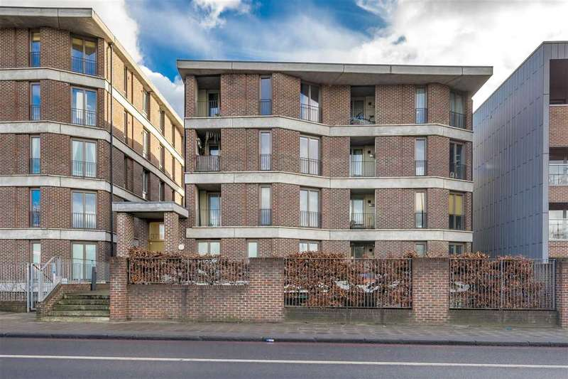 1 Bedroom Apartment Flat for sale in Seven Sisters Road, London