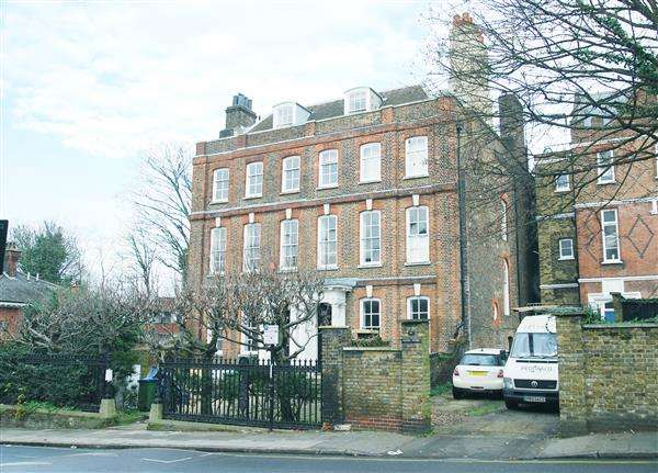 6 Bedrooms House for sale in Maze Hill, London