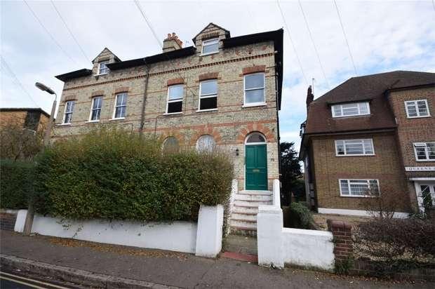 1 Bedroom Flat for sale in Queens Road, Twickenham