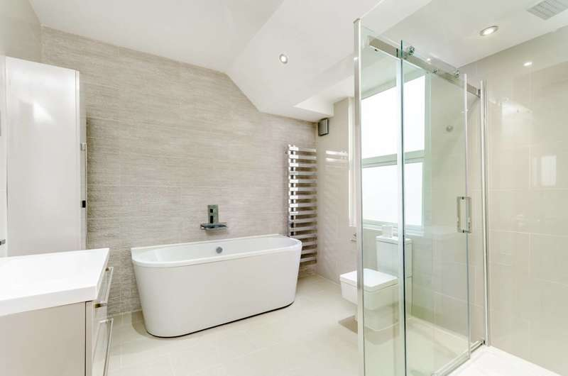 4 Bedrooms House for sale in Graveney Road, Tooting, SW17