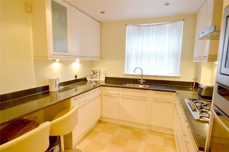 2 Bedrooms Apartment Flat for sale in Roke Road, Kenley