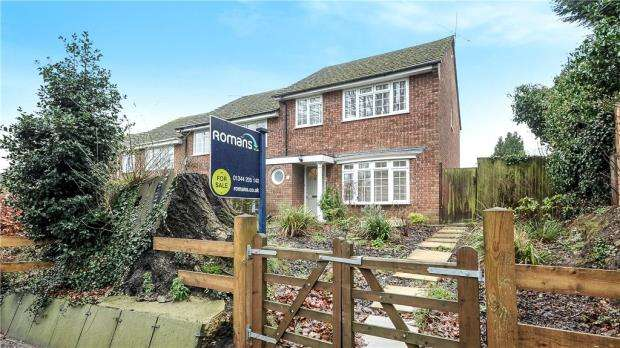 3 Bedrooms End Of Terrace House for sale in Sunninghill Road, Ascot, Berkshire