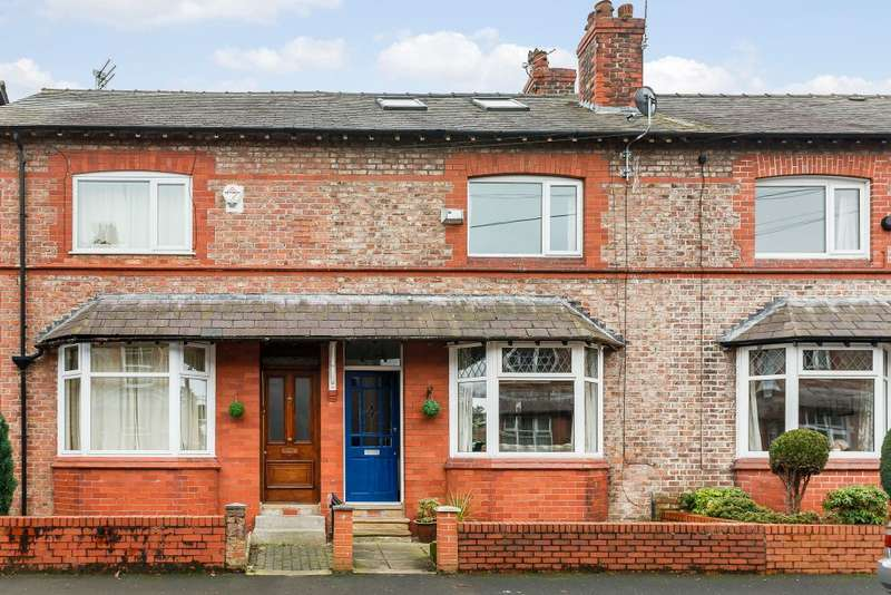 4 Bedrooms Terraced House for sale in Lilac Road, Hale, WA15 8BJ
