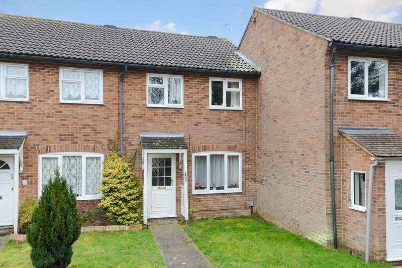 3 Bedrooms Terraced House for sale in Falcon Way, Ashford, TN23