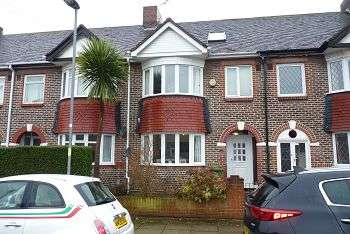 3 Bedrooms House for sale in Aylen Road, Copnor, Portsmouth, PO3 5HD