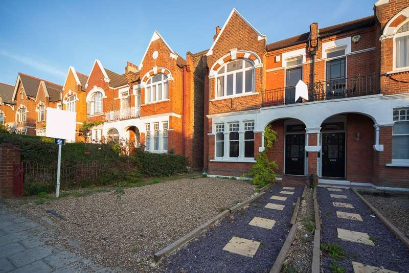 6 Bedrooms House for rent in Stanthorpe Road, Streatham, SW16