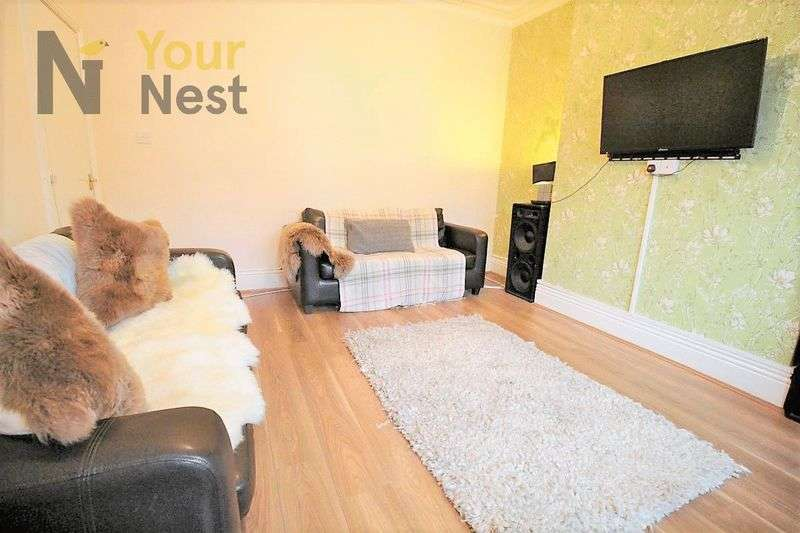 9 Bedrooms House for rent in ESTCOURT TERRACE, HEADINGLEY, LS6 3EX