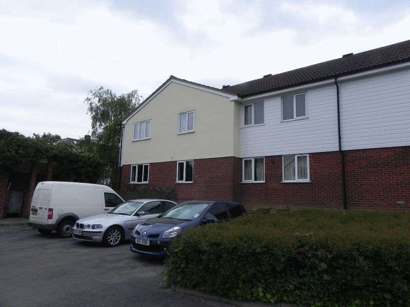 1 Bedroom Flat for sale in Sovereign Court, Harlow, CM19