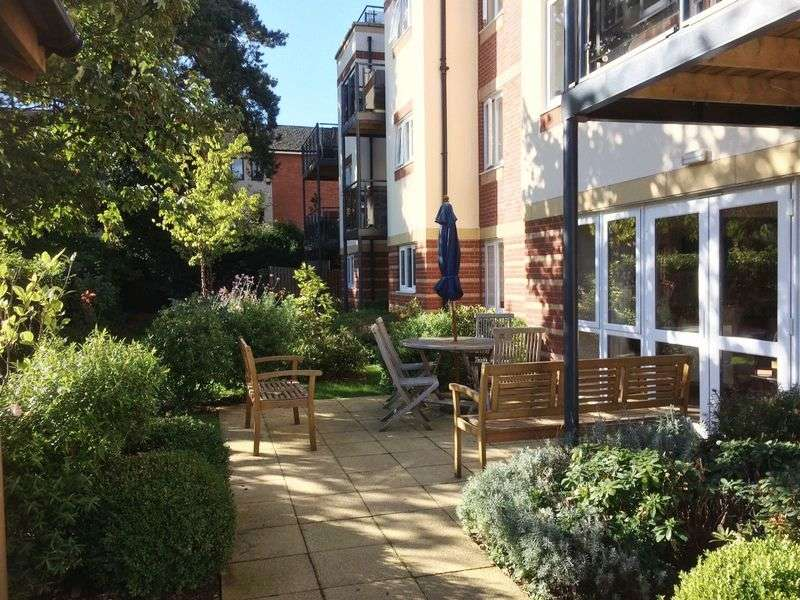 1 Bedroom Retirement Property for sale in Market Harborough, Maxwell Lodge