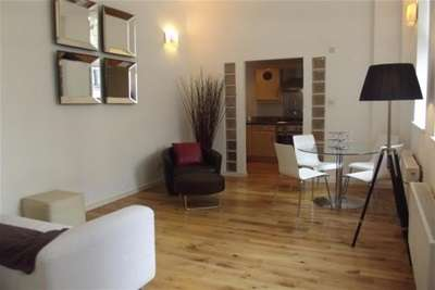 2 Bedrooms Flat for rent in GPO, 5 South Frederick Street, MERCHANT CITY