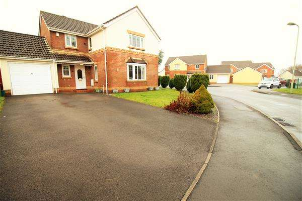 4 Bedrooms Detached House for sale in Maes Y Wennol, Miskin, Pontyclun