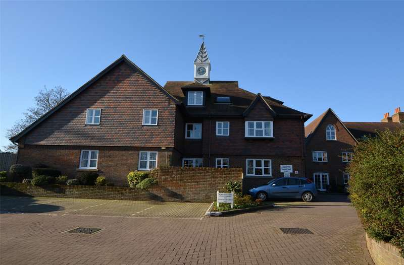 1 Bedroom Flat for sale in Monmouth Court, Church Lane, Lymington, Hampshire, SO41